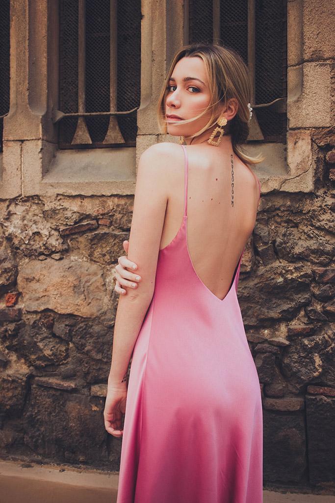 vestido de invitada sencillo